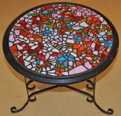 """17"""" round table"""